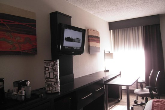 Holiday Inn Express Harrisburg:                   Outstanding design and so spacious