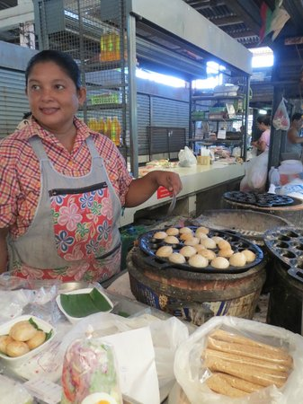 Phuket Thai Cookery School:                   The best khanom krock ever