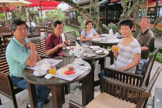 Hotel Saigon Morin:                   Relaxing feast every morning !