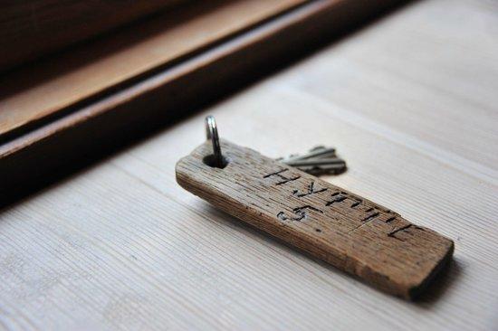 Nedre Strand Hytteutleige:                   Room key cabin 5