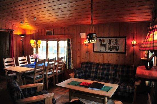 Nedre Strand Hytteutleige:                   Living room  (cabin 5)