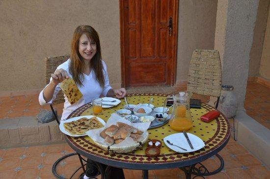Chez Tonton:                   desayuno