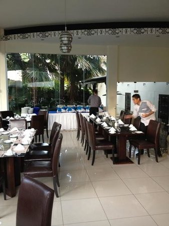Hotel Contempo:                   Restaurant area.