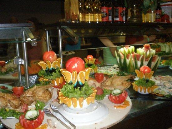 Sural Resort:                   Smaczne i pięknie podane