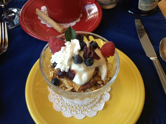 Romantic Riversong Bed and Breakfast Inn:                   Homemade granola and delicious yogurt for breakfast! Thanks Blanca!