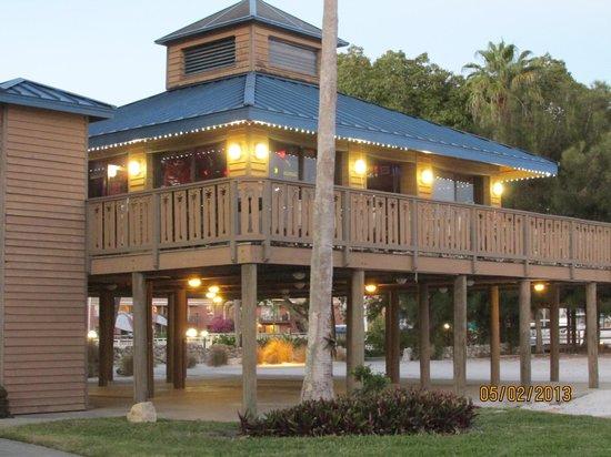 Magnuson Hotel Marina Cove:                   bar