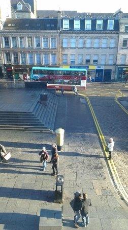 Ibis Edinburgh Centre Royal Mile:                   Chris Hoys Olympic post box!