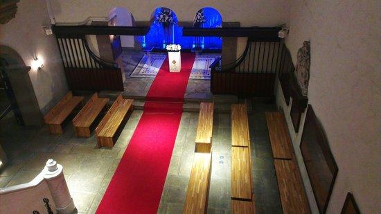 Hotel Monterey Kobe:                   Chapel
