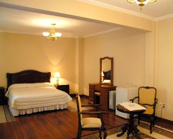 Hotel Independencia: Habitación Matrimonial