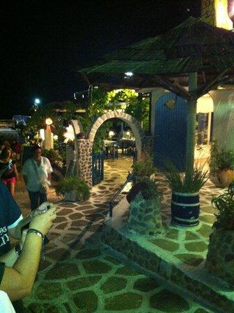 Isidora Hotel:                   Taberna