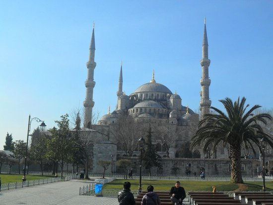 Hotel Sultania:                   The incredible Blue Mosque