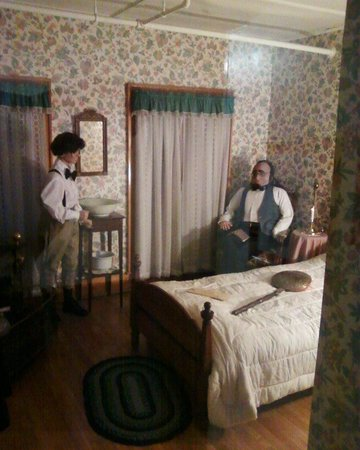 Thayers Inn:                   Recreation on 1843 room