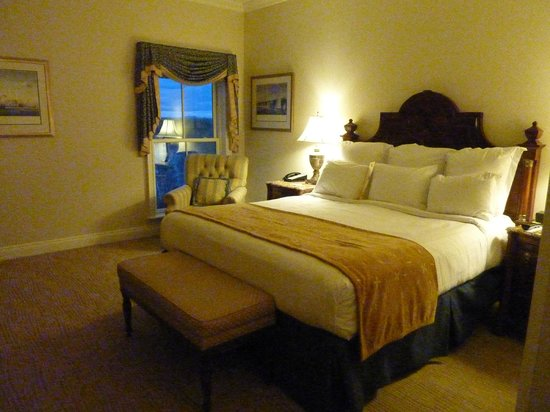 Wentworth by the Sea, A Marriott Hotel & Spa:                   Guest Room, Wentworth by the Sea ~ New Castle, NH