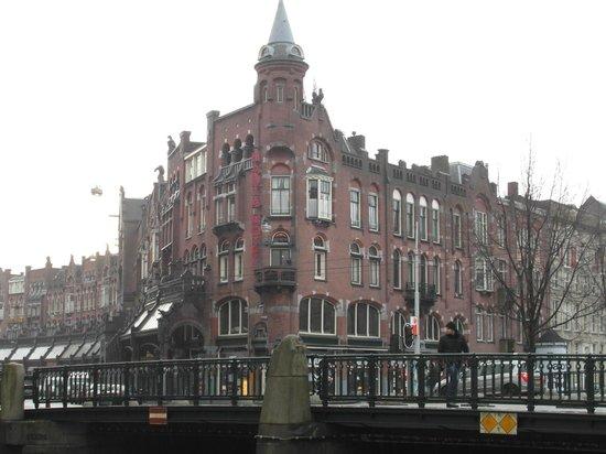 Hotel Nadia:                   El hotel