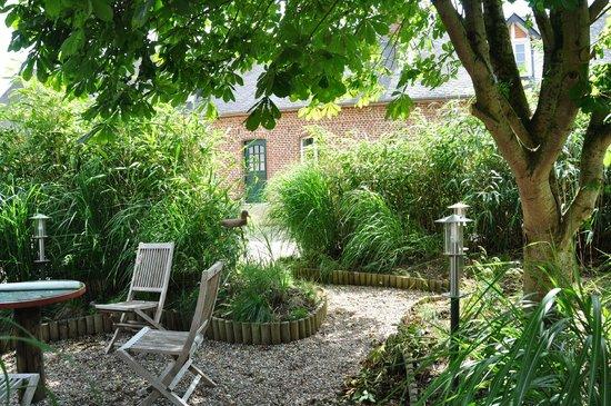 """Chambres d Hôtes """"Le Village"""""""