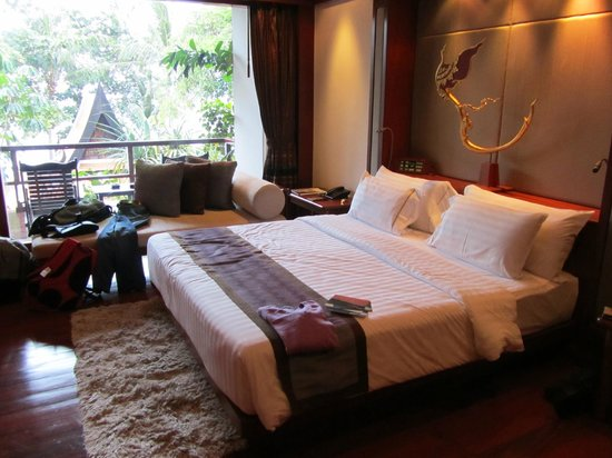 Marina Phuket Resort:                   king size bed