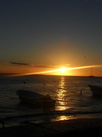Posada Acuario:                   un fantastico tramonto