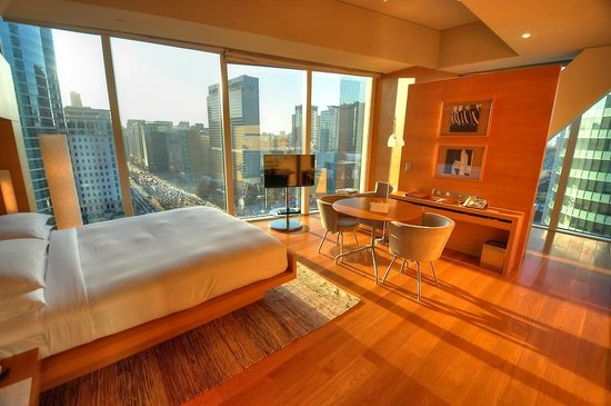 Park Hyatt Seoul:                                                       Comfy and spacious room