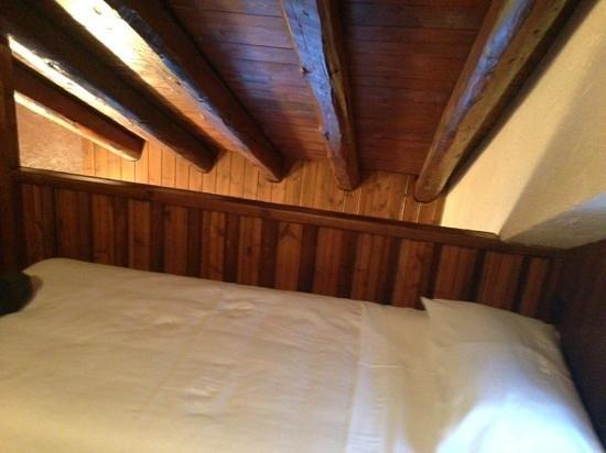 Hotel Pilier d'Angle:                   camera a soppalco