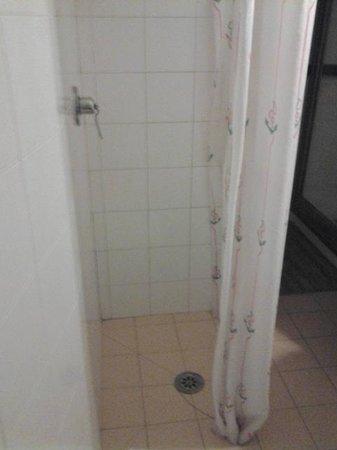 Hotel Medici:                   la doccia...