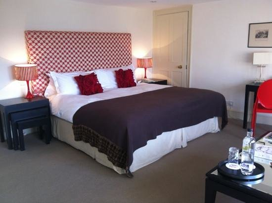 Queensberry Hotel:                   bed - so comfy