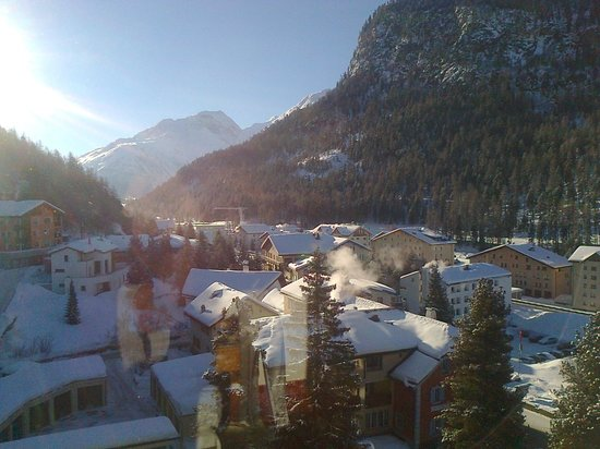 Hotel Walther:                   Mattino: vista camera 98