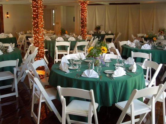 Dowds' Country Inn: Our Banquet Room - Function Space for 200+ Guests