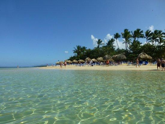 Grand Bahia Principe El Portillo:                   Hotelstrand