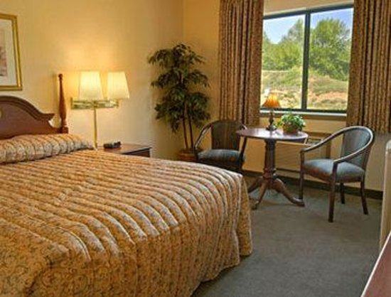 Rodeway Inn: Standard Queen Bed Room