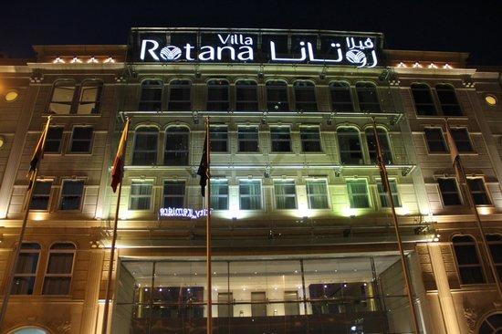 Villa Rotana - Dubai:                   the hotel