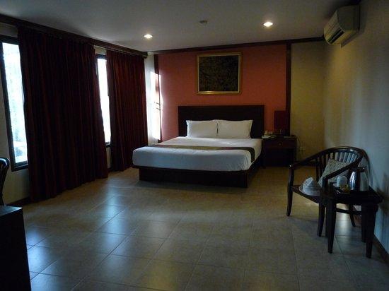 Boonsiri Place : Chambre