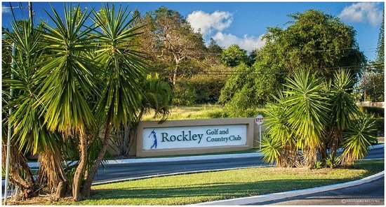 Plum Tree Club on Rockley Golf Course : Entrance to the Golf Course