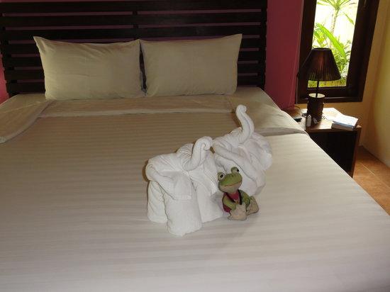 Sunda Resort:                   Номер с видом на канал