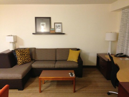 Residence Inn New Orleans Metairie:                   Sitting Area