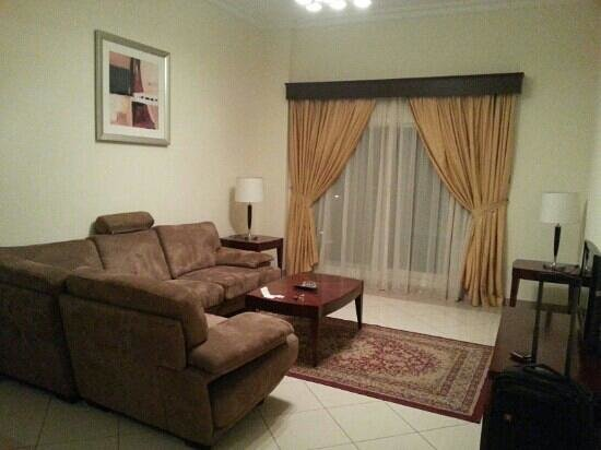 Rose Garden Hotel Apartments - Bur Dubai:                   sitting area