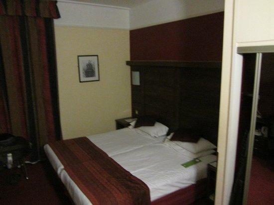 Holiday Inn Oxford Circus:                   Habitación