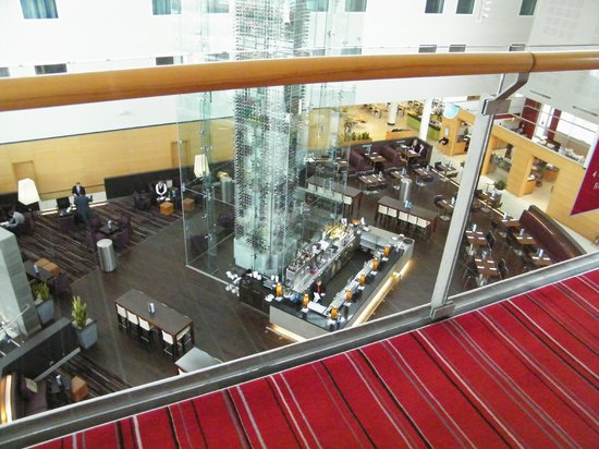 Radisson Blu Hotel London Stansted Airport:                   Bar