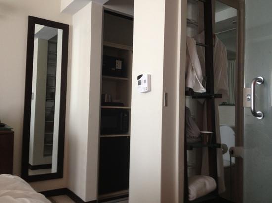 Doubletree by Hilton San Juan:                   hallway