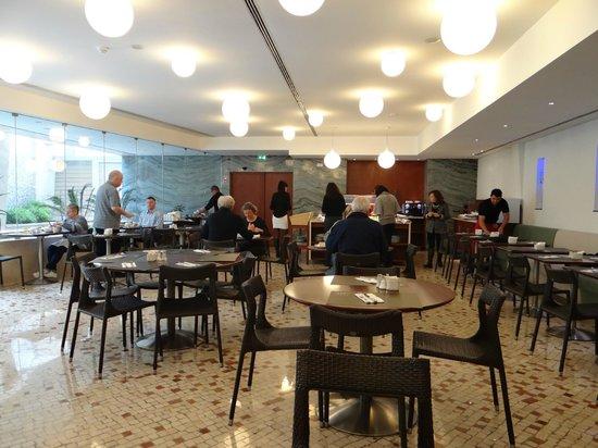 HF Fenix Garden:                   Restaurante