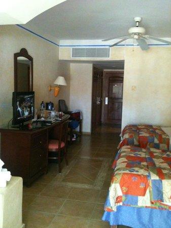 Grand Bahia Principe Coba:                                     sitting area toward door                                  