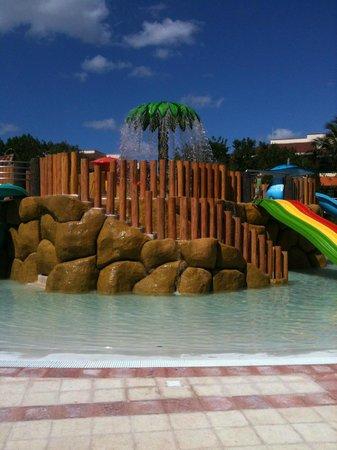 Grand Bahia Principe Coba:                                     Kiddie water park