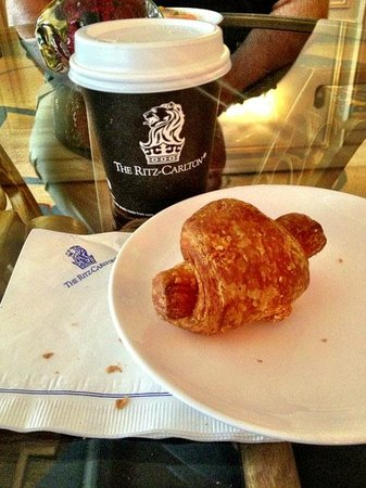 The Ritz-Carlton, Cleveland:                   Complimentary club-level breakfast