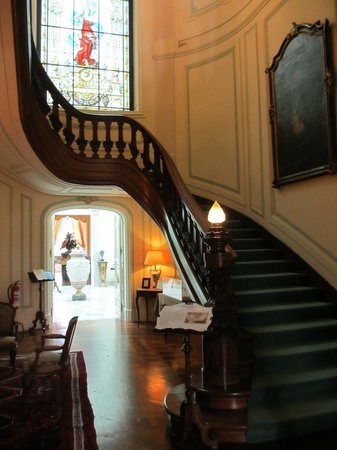 Pestana Palace Lisboa Hotel & National Monument:                   stairway to enter restaurant