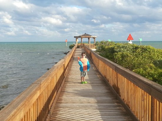 Ocean Pointe Suites at Key Largo:                   Boardwalk