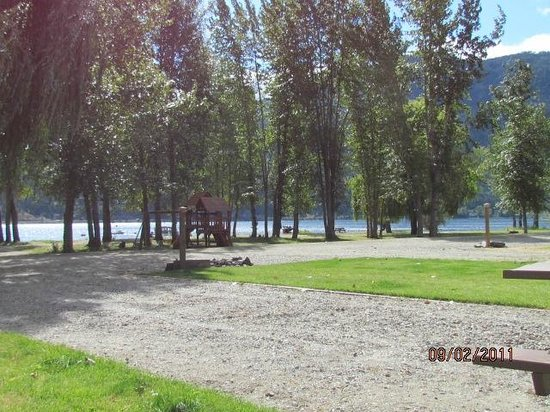 Cottonwood Cove RV Resort:                   Lakeside view from our spot
