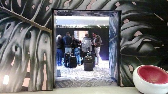 Hotel Barcelona House:                   Lobby