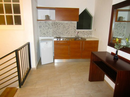 Grand Paradise Playa Dorada:                   kitchenette