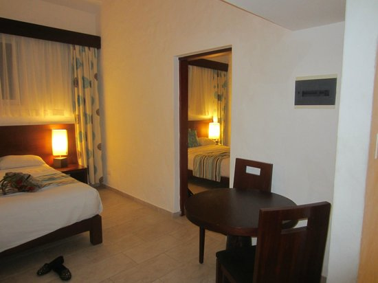 Grand Paradise Playa Dorada:                   view of the 2nd room