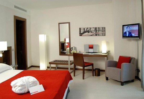 Hotel Ciutat de Girona: Web