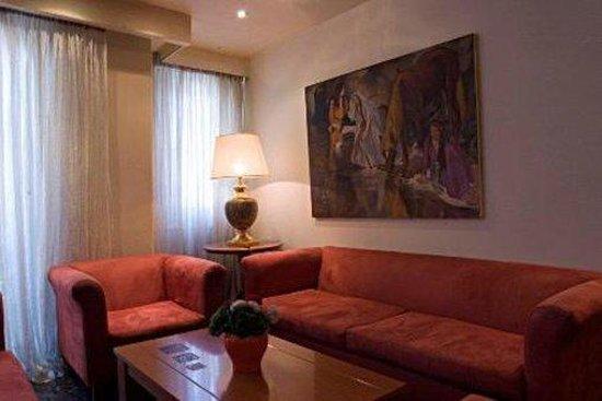 Hotel Ilion: Lobby
